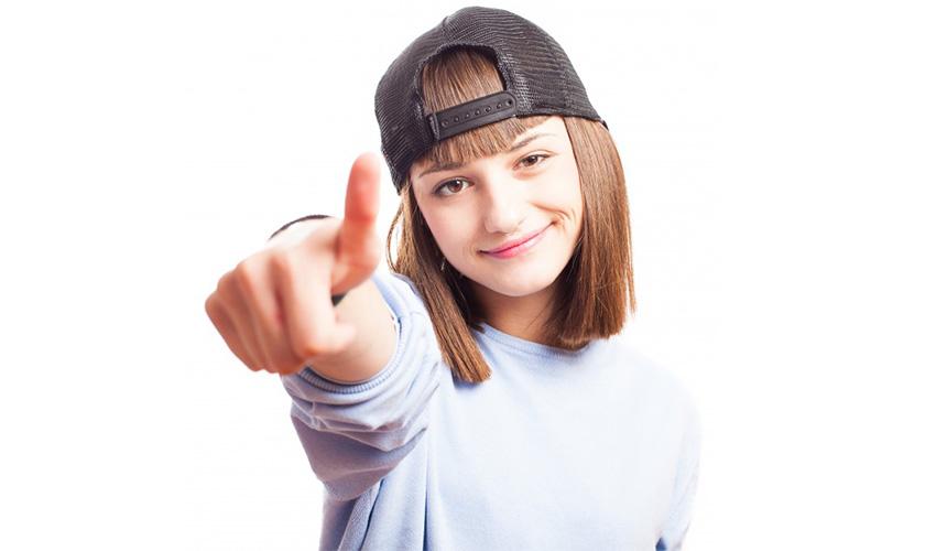 adolescente chiede consiglio